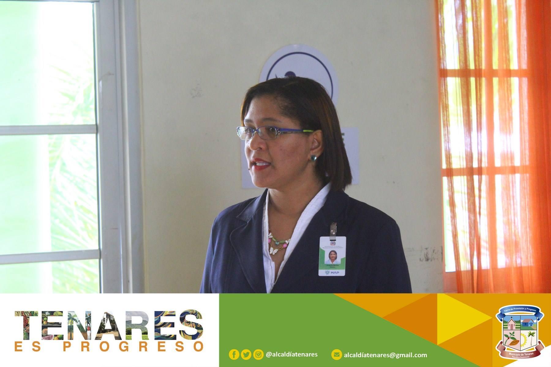 Alcaldía Tenares recibe entrenamiento del Ministerio de Administración Pública