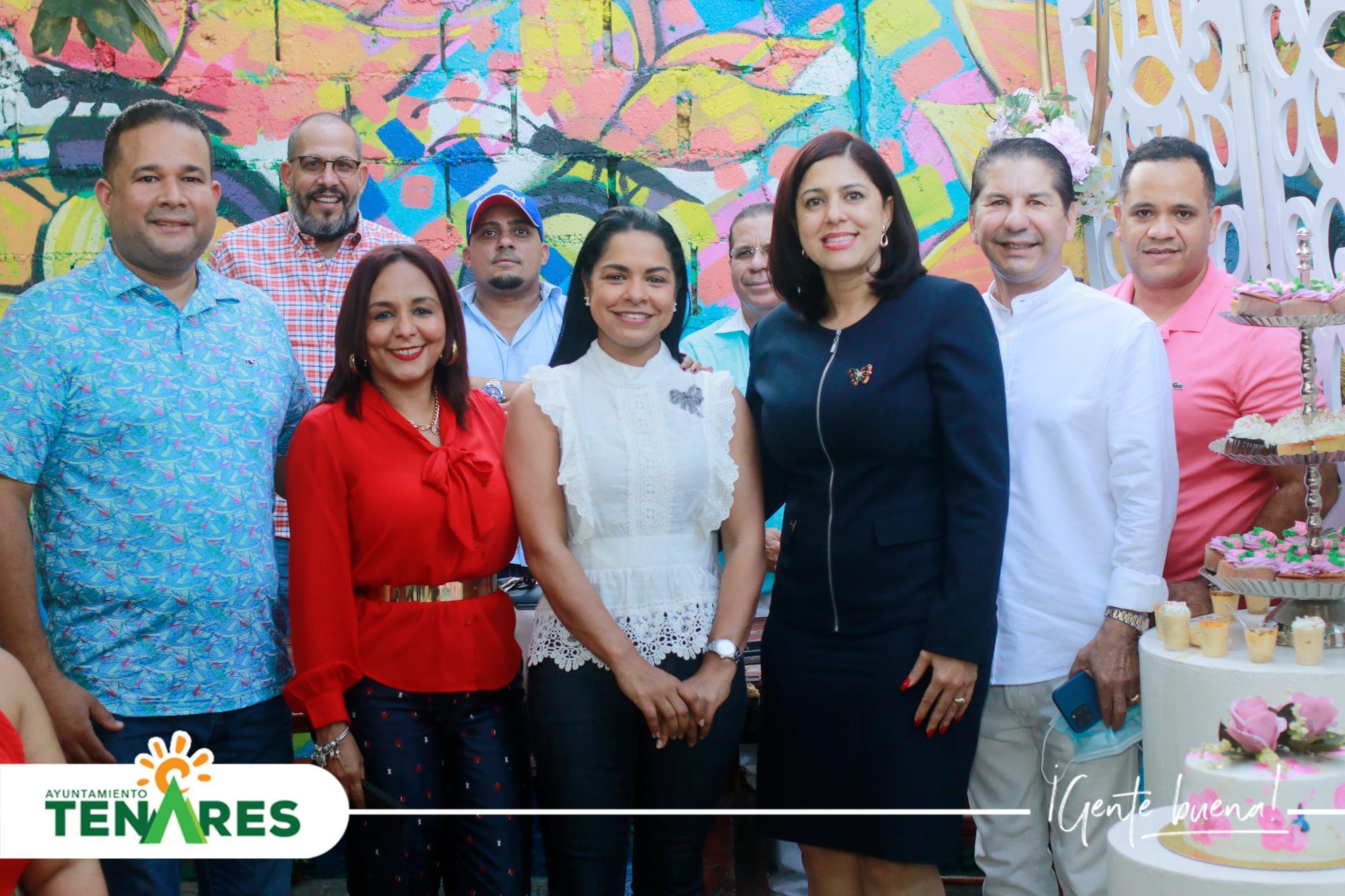 """El alcalde Emanuel Escaño estuvo participando del evento """"Dulce Encuentro"""" el cual fue organizado por la Casa Comunitaria Dr. Manuel Tejada Florentino."""